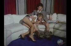 Részeg Szőke Tini Apjával Szexel A Kanapén