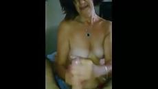 Anya kiveri és leszopja fia farkát titokban szex videó