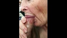 Nagymama szopja fia farkát szex videó